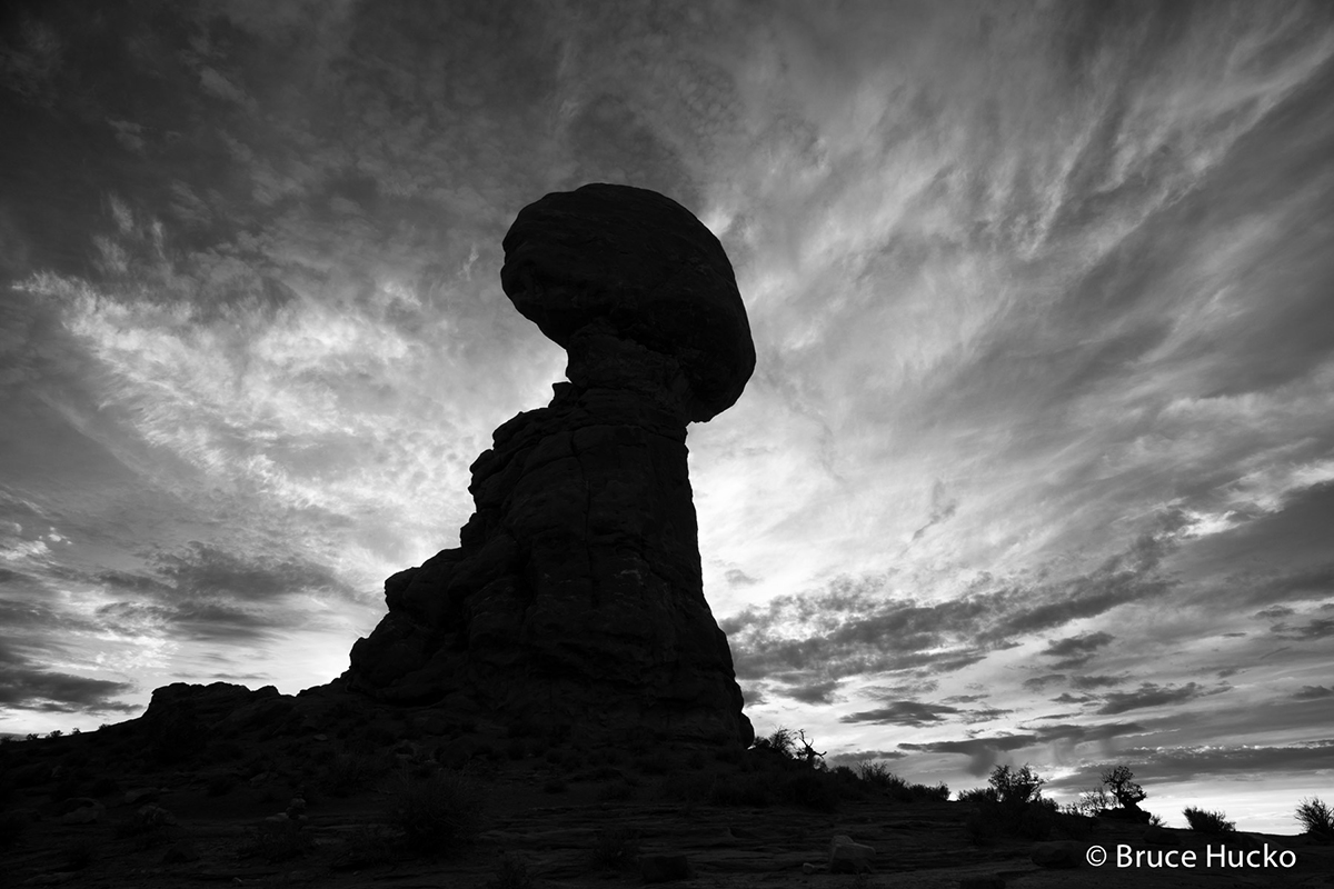 Balanced Rock,Look at Double Arch Arch,arches NP,arches NP colorado plateau sandstone, photo
