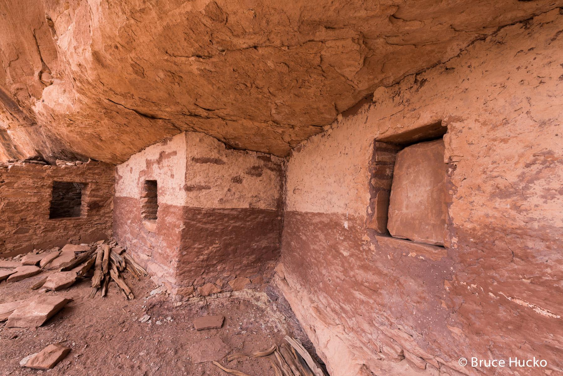 Cedar Mesa,Cedar Mesa Anasazi ruin,Cedar Mesa ruins,Fish Creek,Red and White Wall Ruin, photo